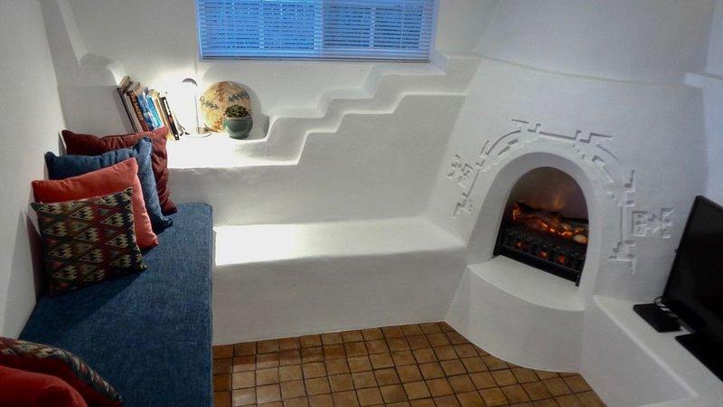 Pueblo Deco captures the essence of Taos adobe interior architecture, holiday rental in Ranchito