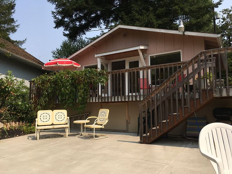 Warm Beach peace and beauty, location de vacances à Lakewood  Snohomish County