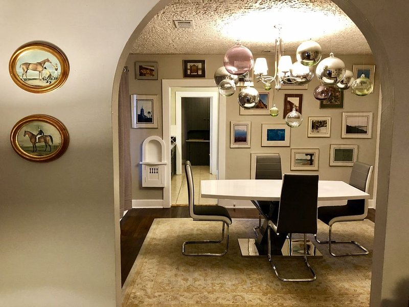 Hubbell Duplex 'Side B' on Historic Route 66, holiday rental in Amarillo