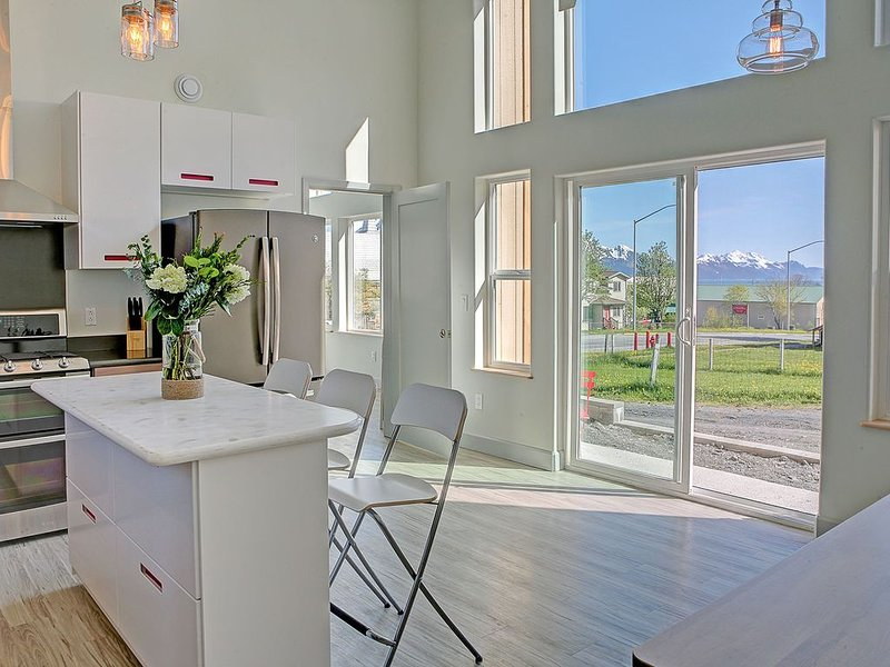 Modern Accommodations with Luxurious View, location de vacances à Seward