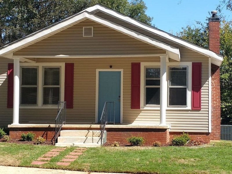 Magnolia Place in historic downtown Florence, holiday rental in Cherokee