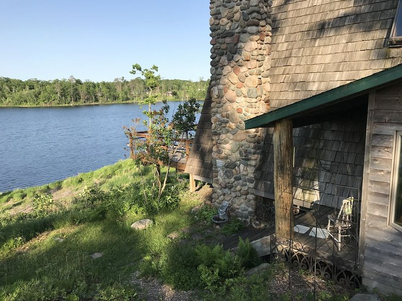 Private Retreat on Placid Lake, aluguéis de temporada em Aitkin