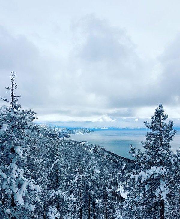 Vista desde el elevador Diamond Peak Lakeview