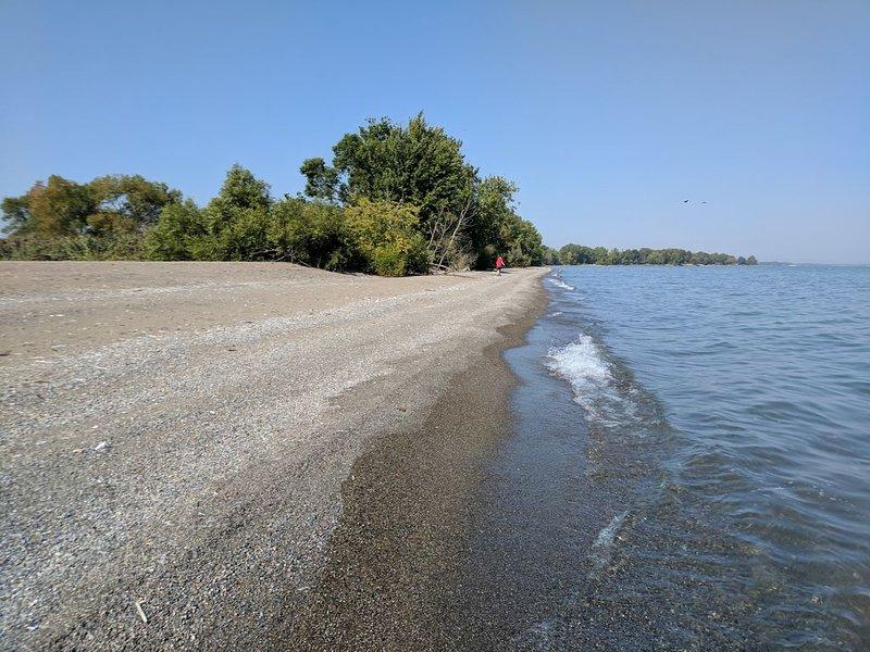 Hillman Marsh Beach. Une courte distance de marche.
