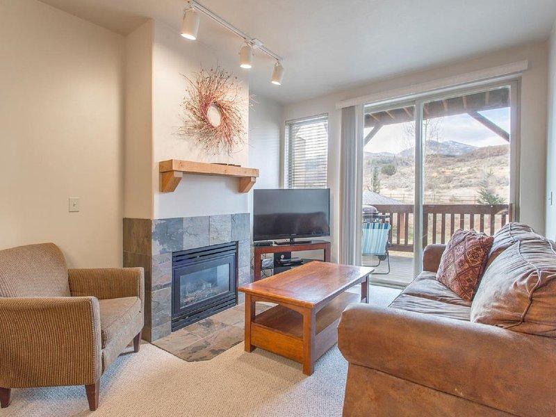 Beautiful Mountain View Condo with 2BR (Queen + 2 Twins) 2 Full Bath, casa vacanza a Coalville