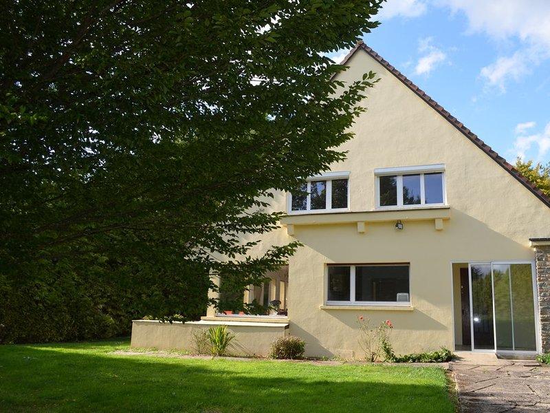 Jolie maison située au cœur du pays de Bray!, holiday rental in Lorleau