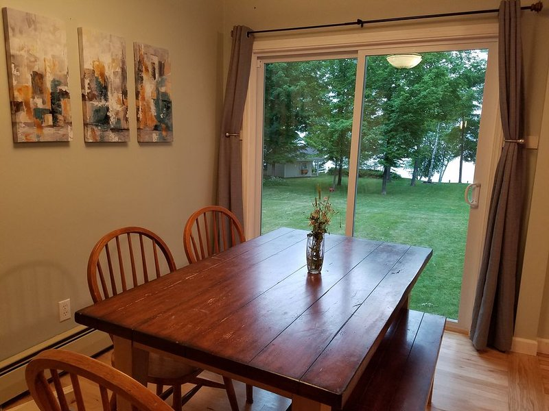 Lakehome near Houghton with Outdoor Sauna!, holiday rental in Calumet