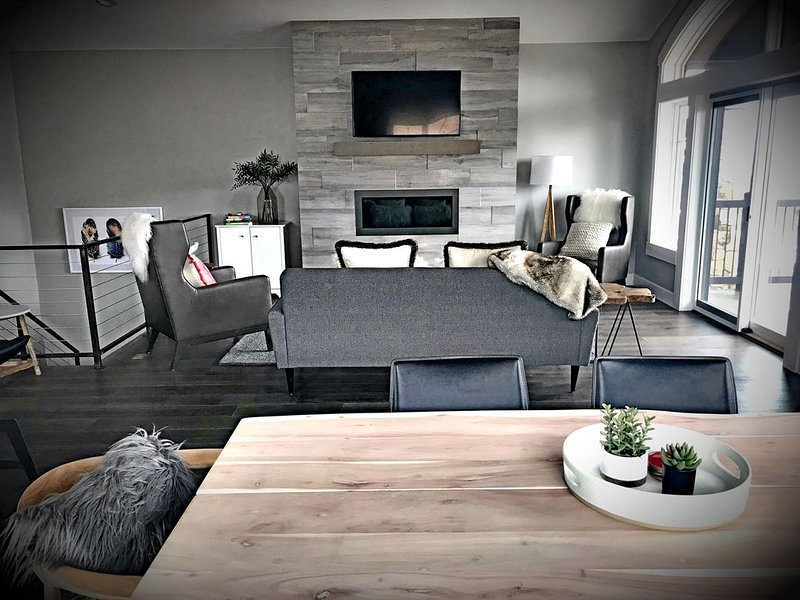 Perfect Family, Ski, or Golf Group Condo at the base of Park City Canyons Resort, vacation rental in Park City