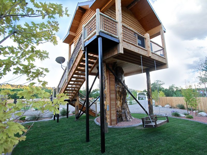 The Treehouse Escape, vacation rental in Mount Carmel