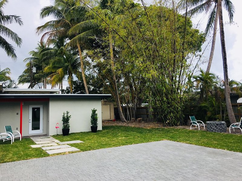 Beautiful beach house, perfect to enjoy Florida weather. restaurants and more, holiday rental in Wilton Manors