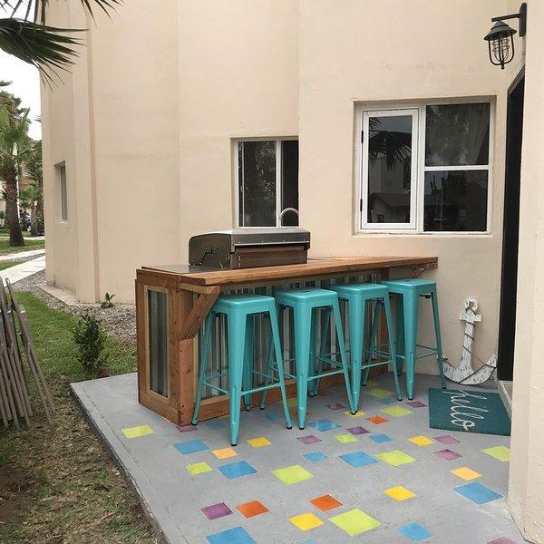 Look no further... stay at our amazing condo and enjoy your vacation..., alquiler de vacaciones en Rosarito