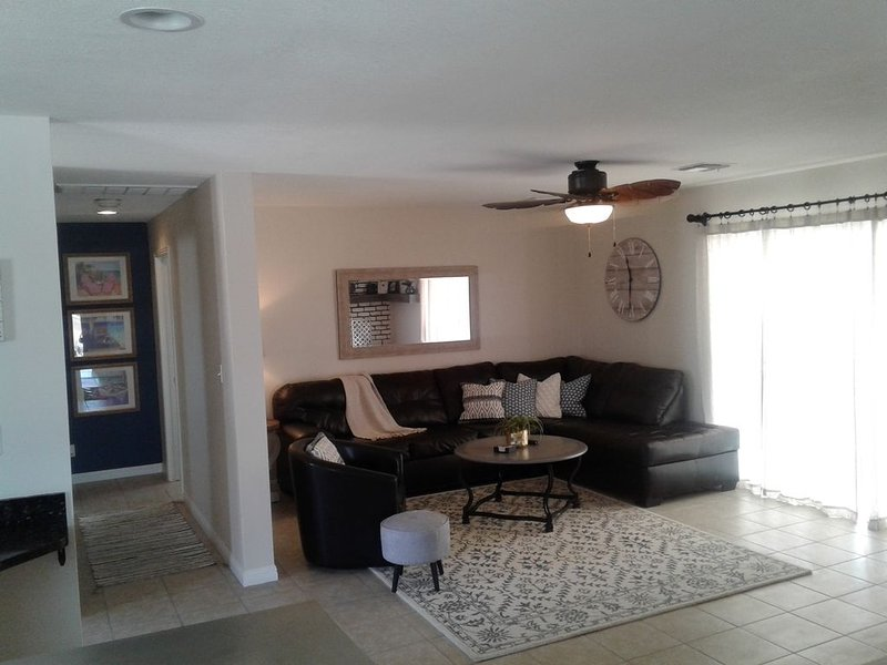 Hava-Cabana by the Lake, holiday rental in Topock