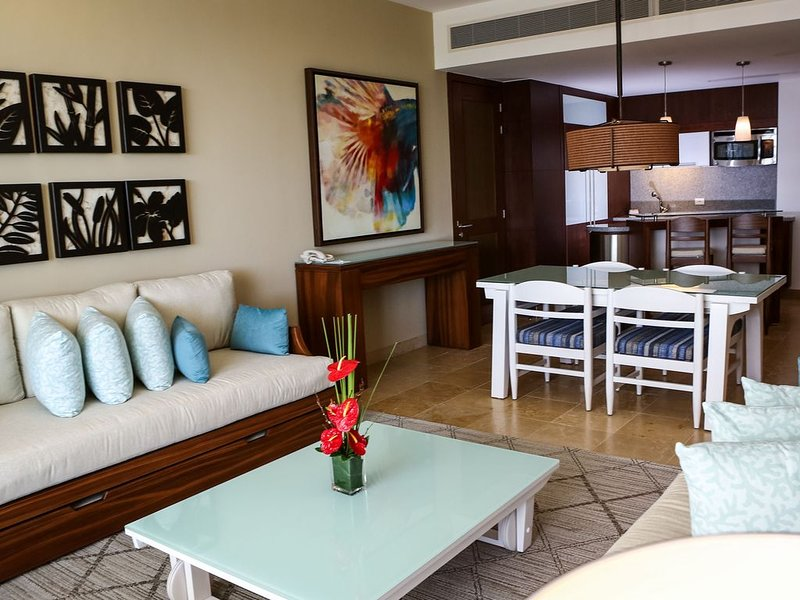 Luxury Accommodations at Vidanta's Grand Bliss - Riviera Maya, holiday rental in El Hijo Prodigo