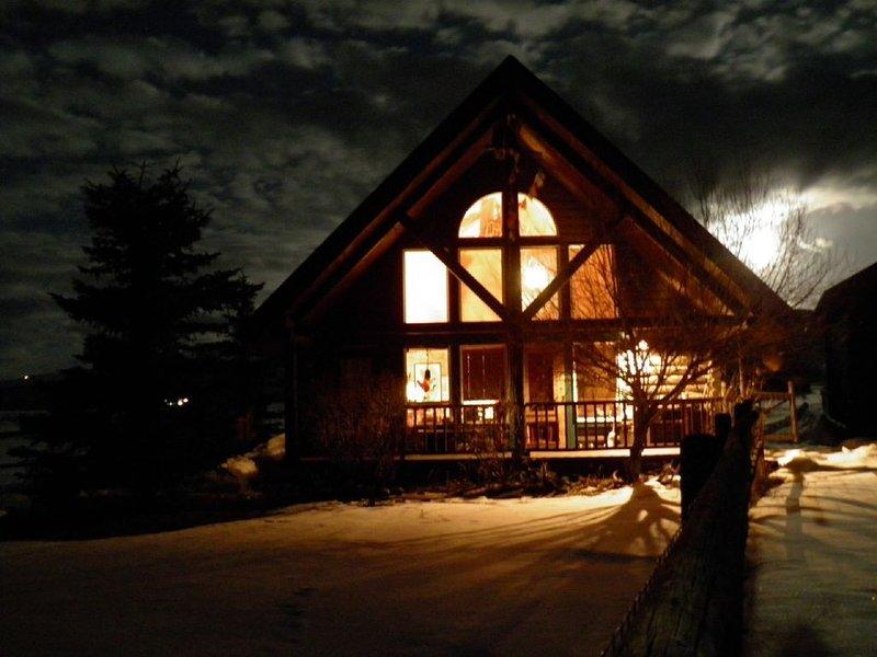 Sun And Snow-kissed Teton Log Home, aluguéis de temporada em Victor