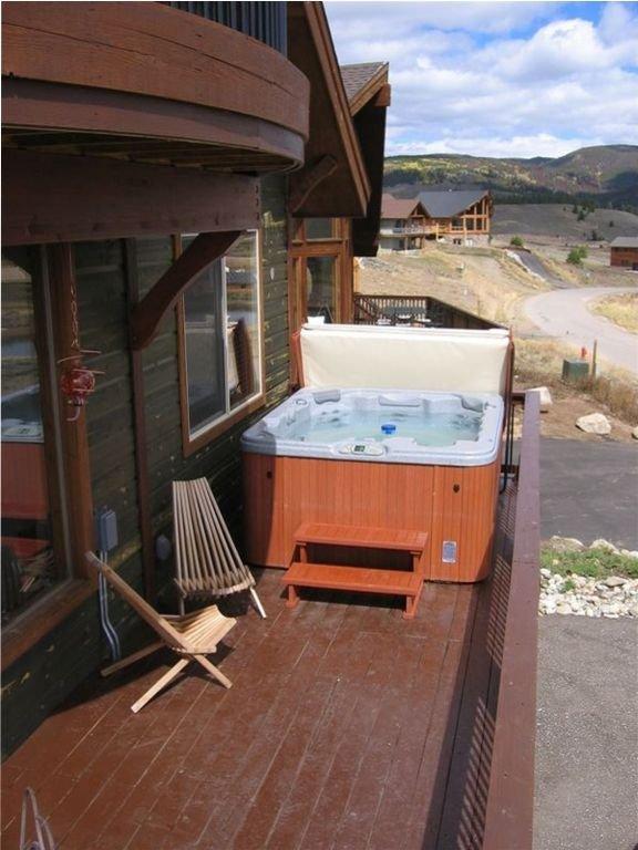 La bañera de hidromasaje con vistas a la división continental y zona de esquí!