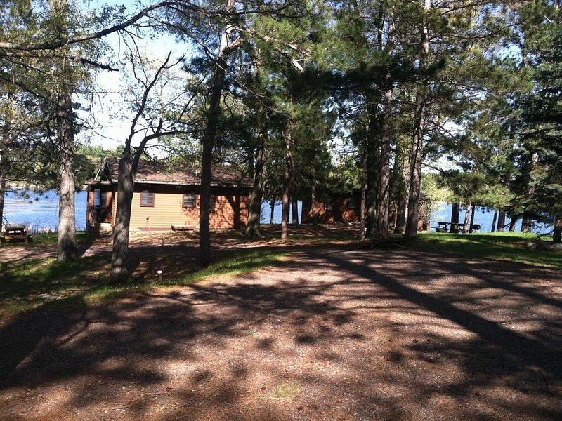 2 Cabin Package! Fun and Older Lakeside Retreat Cabins - 2 for one price., holiday rental in Danbury