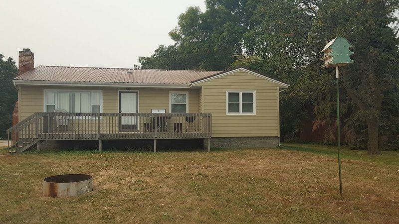 Lake Cabin for Rent on the Shores of Beautiful Devils Lake, ND., vacation rental in North Dakota