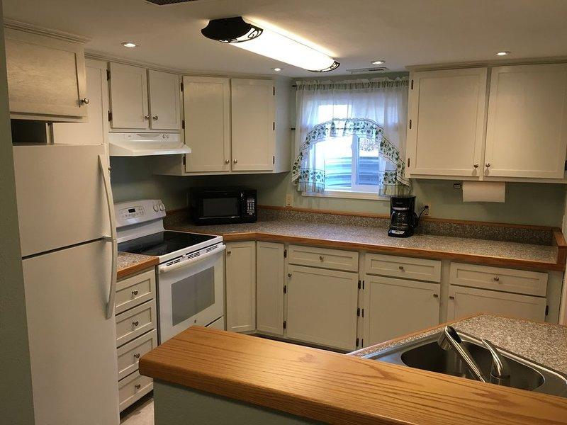 Cool 'n Calm - A newly renovated basement house, aluguéis de temporada em Riverton