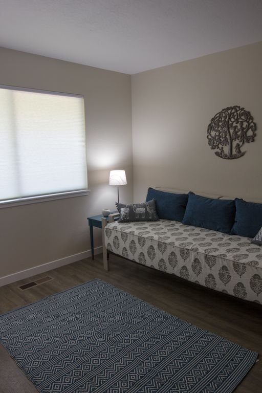 Oficina con cama doble