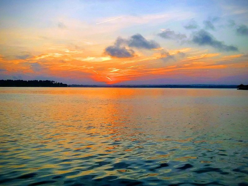 Luxury on the Lake !, holiday rental in Montgomery