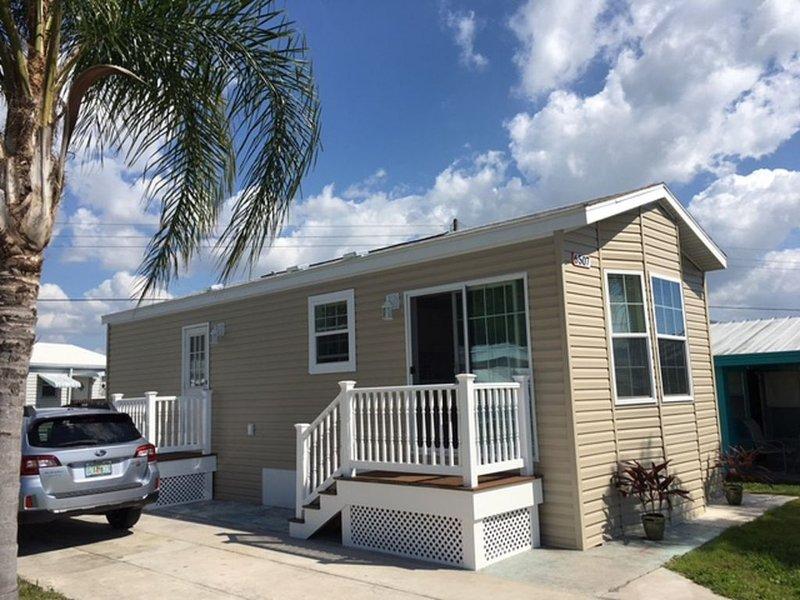Cozy Cottage (2017 Model), vacation rental in Bradenton