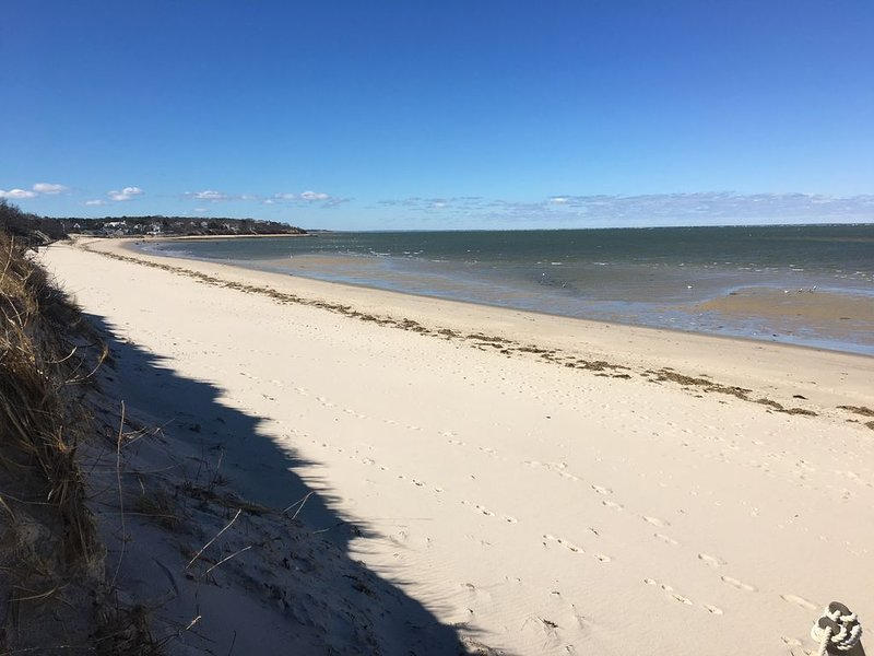 Private Beach Access, Great Family Get Away., holiday rental in Brewster
