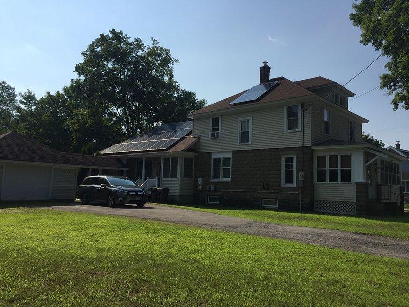 Summer Retreat between Saratoga & Lake George, holiday rental in Hadley