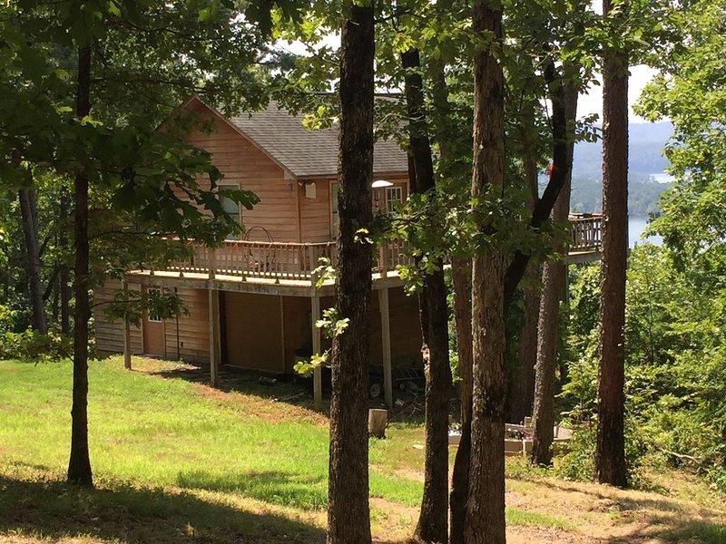 Greers Ferry Lake - Ozark Mountain Paradise On Paradise Lane - Crockett's Escape, holiday rental in Shirley