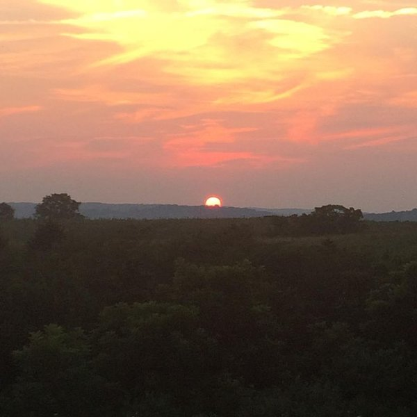 Beautiful Country Sunsets I, holiday rental in Hillsboro