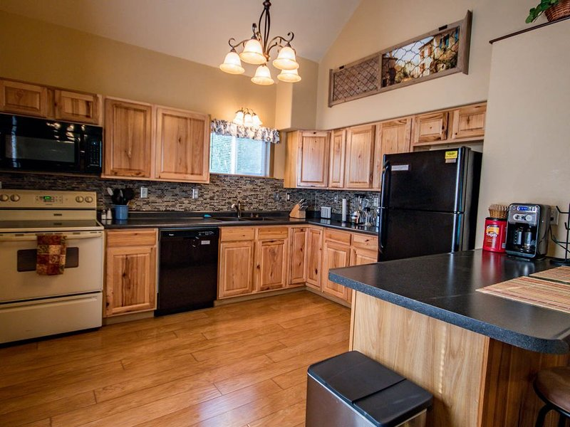Please make yourself at home!, vacation rental in Deadwood