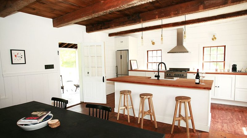Modern Antique Farmhouse in the Hudson Valley, holiday rental in Bangall