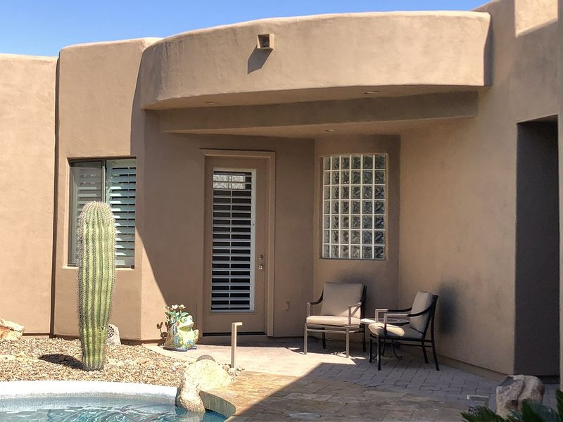 Cozy Desert Guest House In North Scottsdale, vacation rental in Carefree