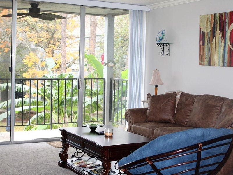 Cozy Condo on Lake Conroe, holiday rental in Montgomery