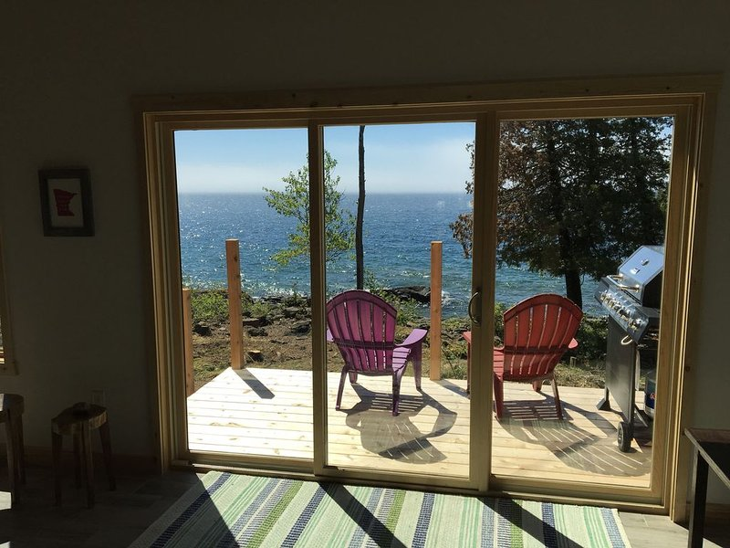 Beautiful Brand New Lutsen Home On The Shore!, holiday rental in Lutsen
