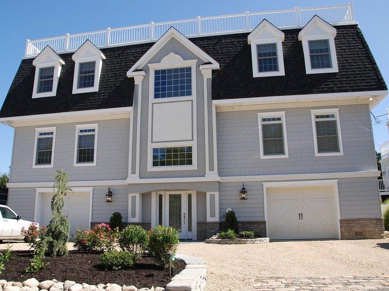 'BLUE HERON HOUSE'