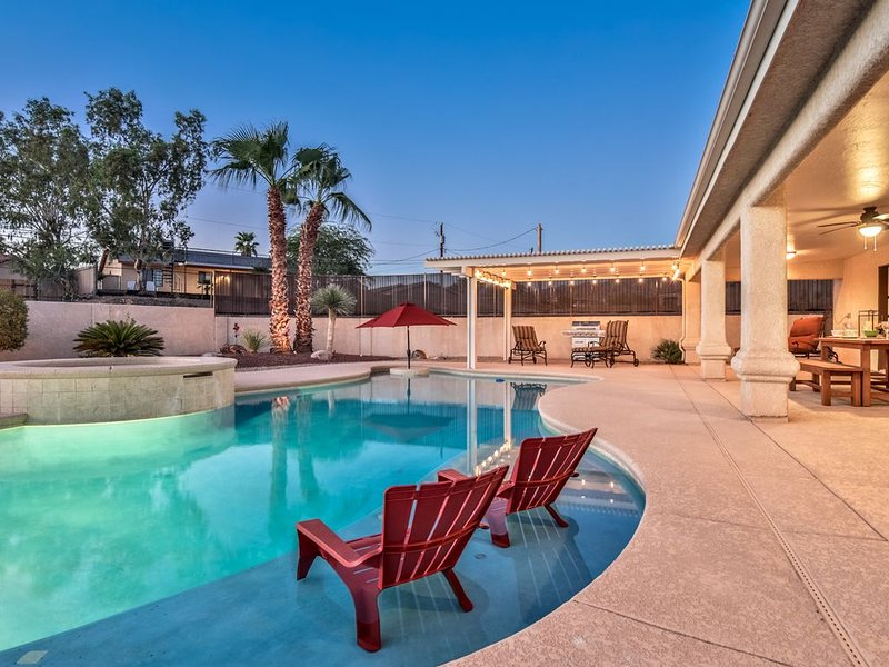 NOW BOOKING FOR WINTER - BOOK NOW !!!-  BEAUTIFUL RENTAL - Tuscan Retreat, casa vacanza a Lake Havasu City