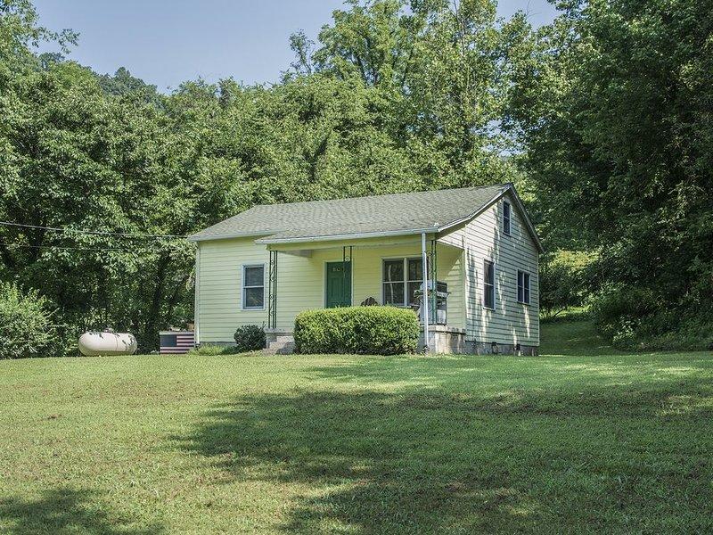The Ann Walker Farm House, holiday rental in Gainesboro