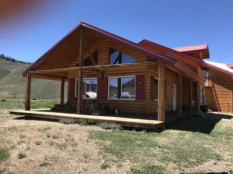 Creekside Lodge Cabin, alquiler de vacaciones en Pitkin