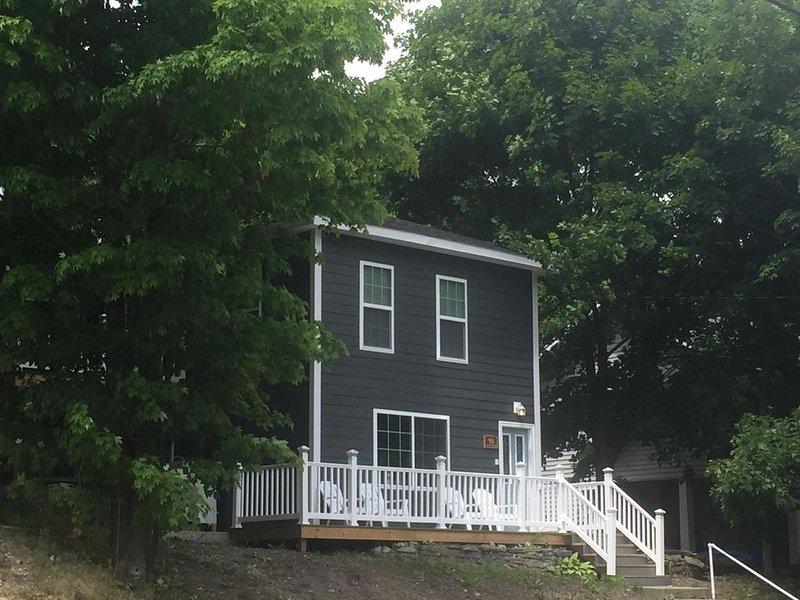 411 S. Madison Avenue, vacation rental in Watkins Glen