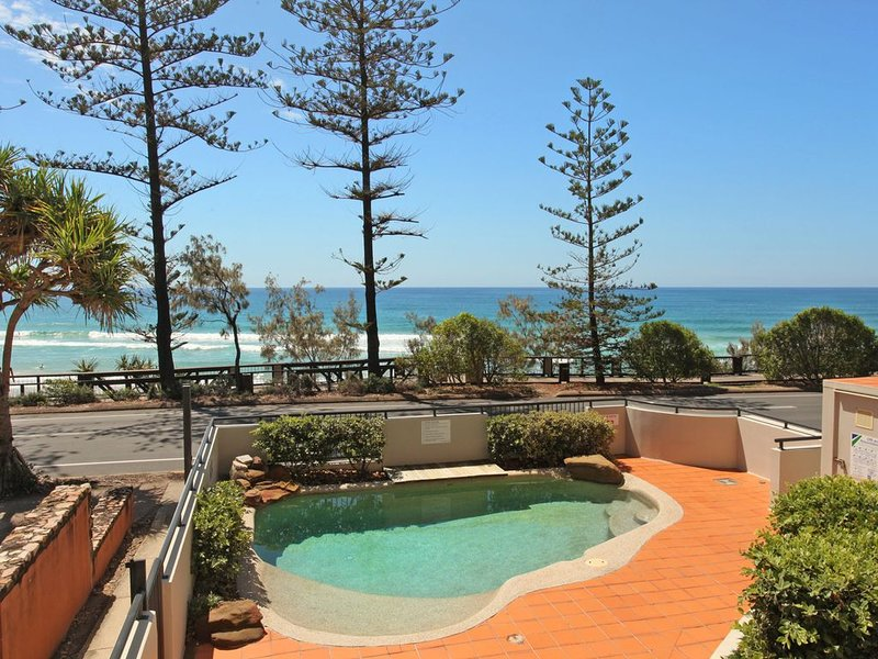 Endless Ocean Views on the Sunshine Coast, vacation rental in Coolum Beach