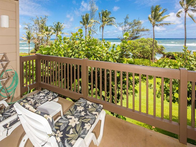 See the Surf! Casual Suite w/Lanai, Full Kitchen, Ceiling Fans, WiFi–Kaha Lani 2, alquiler de vacaciones en Lihue