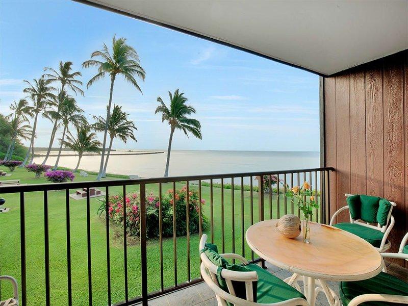 Pacific Ocean Bliss! Lanai, Full Kitchen, Ceiling Fans, Cable TV–Molokai Shores, casa vacanza a Molokai