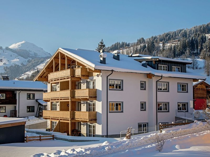Top apartment, new and modernly furnished, in Brixen im Thale with terrace, holiday rental in Brixen im Thale