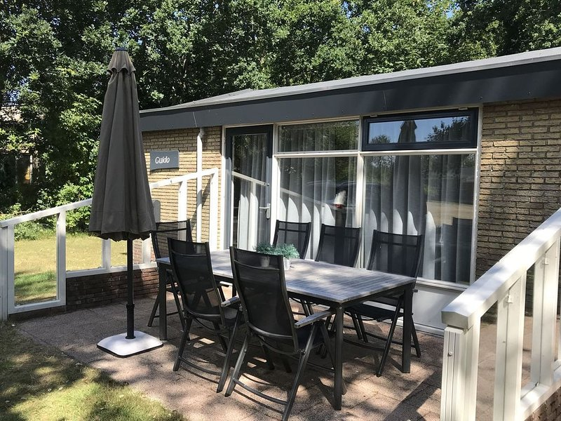 Secluded Holiday Home in Ballum Frisian Islands with Terrace, vacation rental in Ameland