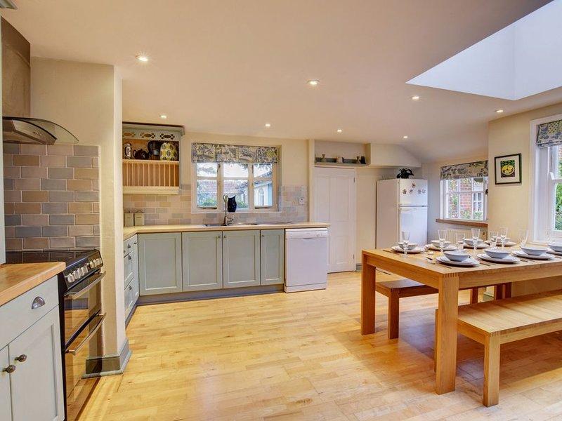 4 Doric Place - Three Bedroom House, Sleeps 6, holiday rental in Grundisburgh