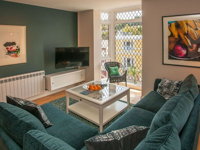 Apartment 291 - Clifden - sleeps 4 guests  in 2 bedrooms, holiday rental in Maum