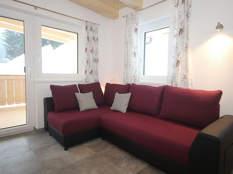 Charming Apartment in Kirchberg in Tirol with Private Garden, holiday rental in Aschau bei Kirchberg