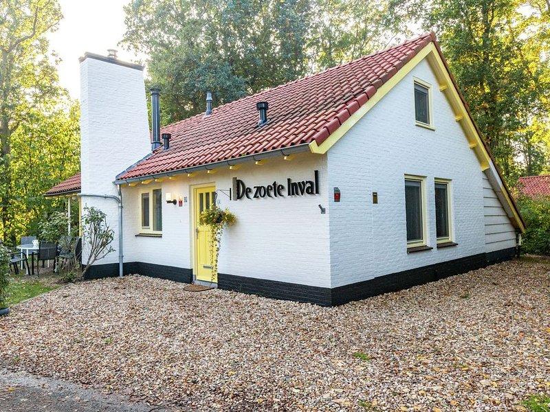 Charming Holiday Home in Koudekerke-Dishoek with Terrace, location de vacances à Koudekerke