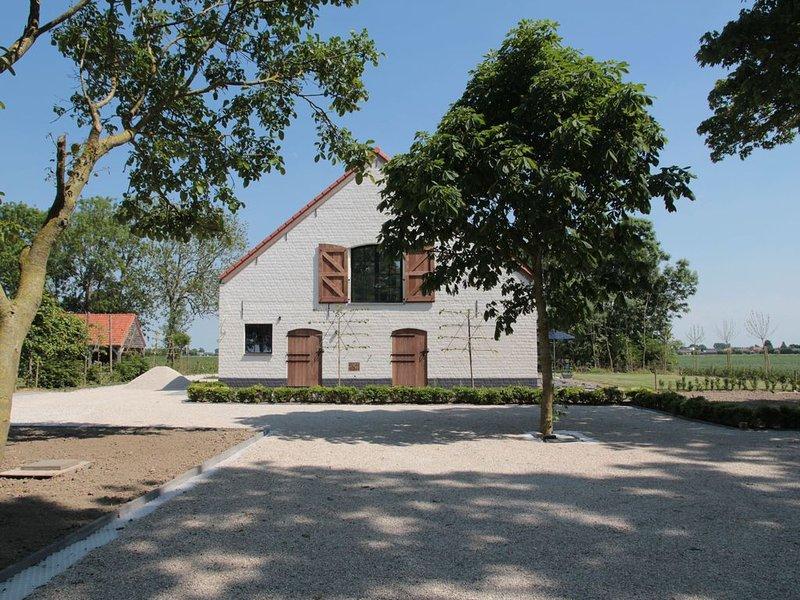 Countryside Villa in Zuidzande with Private Garden, holiday rental in Sluis