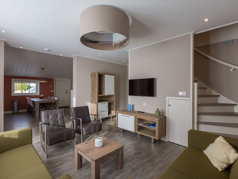 Holiday Home with Private Terrace in Oostkapelle, holiday rental in Aagtekerke
